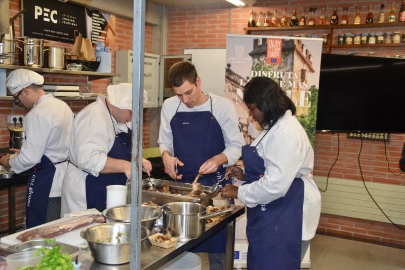 Notícia Cursos I Formació Saludable Sabrosa Versátil Esencia Y Naturaleza De La Cocina Elaborada Con Carne De Caza Silvestre Federació Catalana De Caça